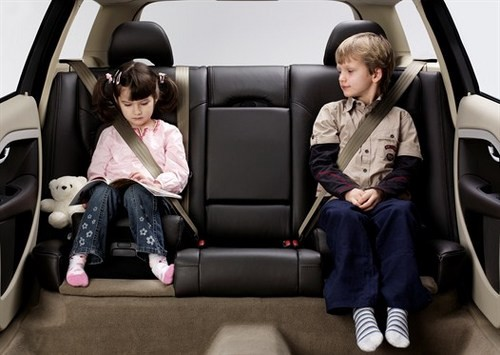 111853-halfords-to-offer-free-safety-checks-any-child-car-seat-1