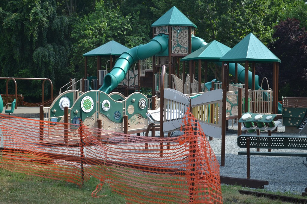 Mt Laurel S New Playgrounds At Laurel Acres Park Could Open By