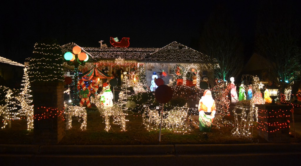 Christmas Lights Near Me 2020 Barrington Nj Merry and bright: Twenty years of Christmas lights at Mercer