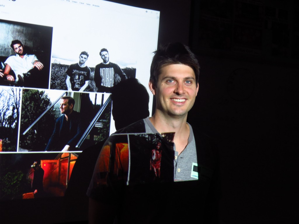 Professional Photographer and Seneca Alumnus Speaks to