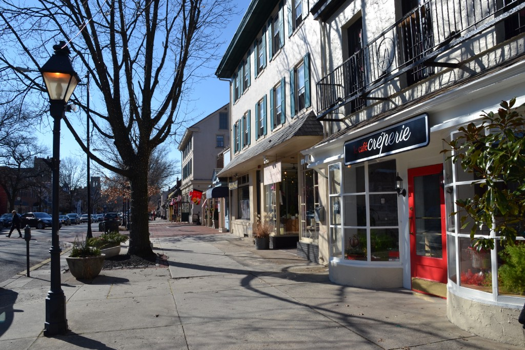 """Haddonfield named """"most charming small town"""" in New Jersey - The Sun"""
