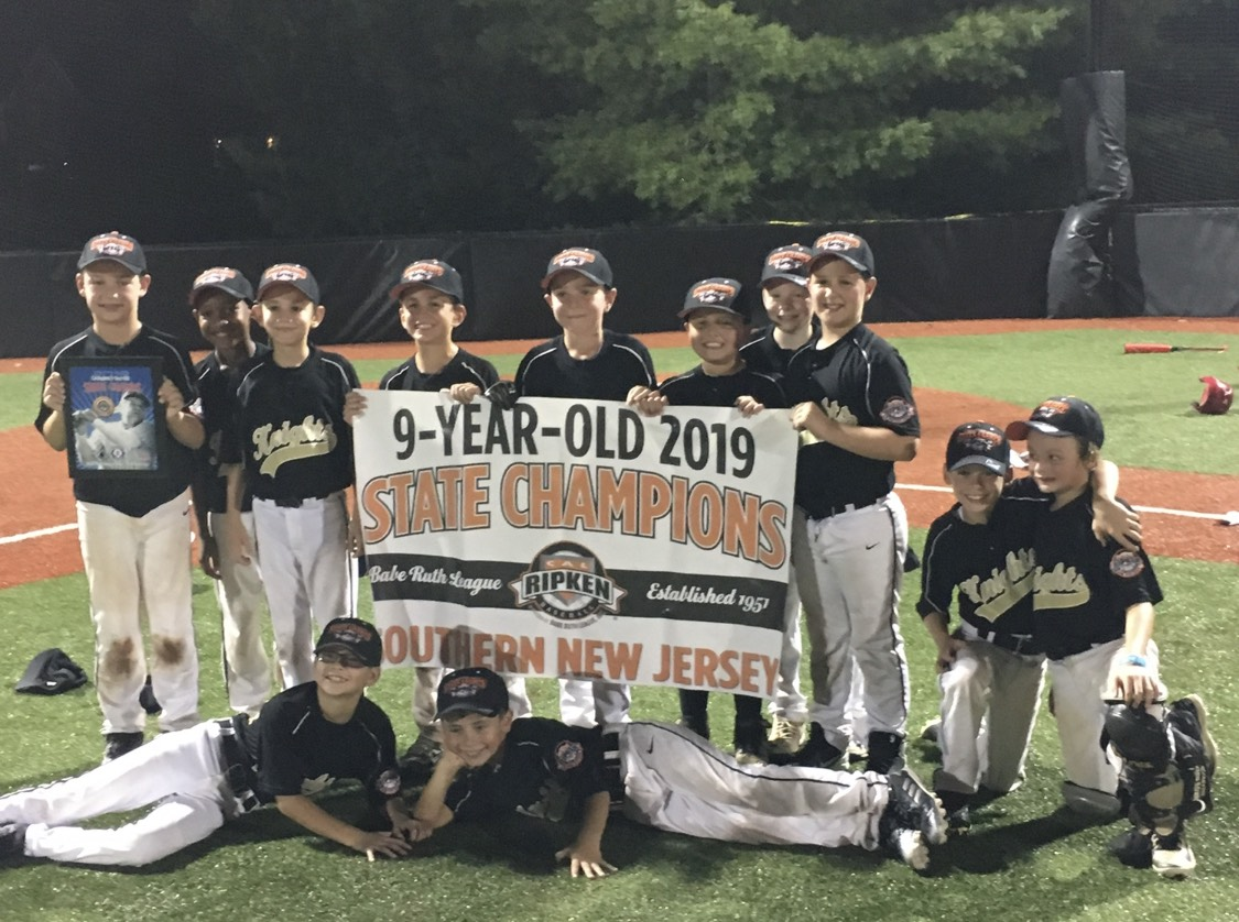 Berlin 9u Knights Celebrate Successful Season The Sun Newspapers